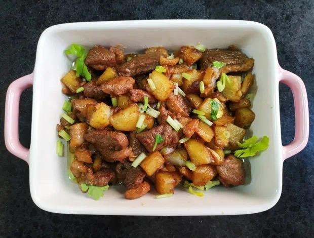 自己动手系列:土豆焖鸭肉